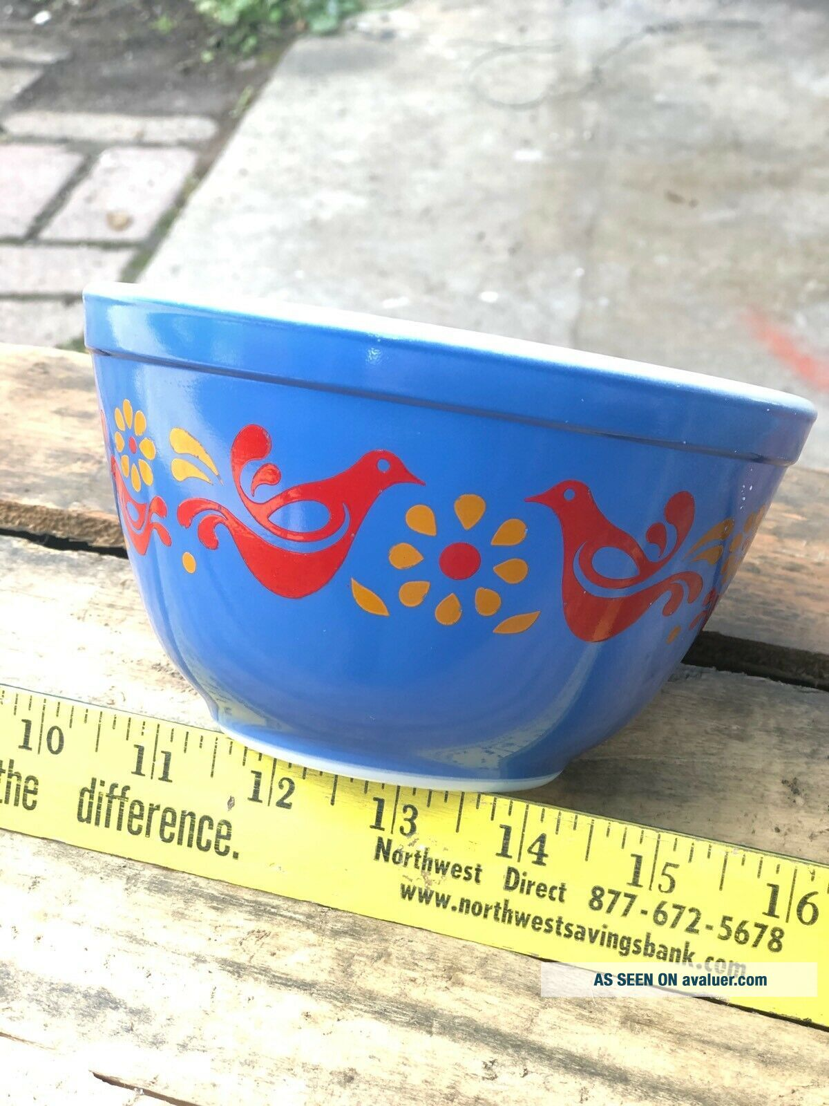 Rare Vintage Pyrex Friendship Mixing Bowl BLUE 401 1.  5 Pint Error Piece Promo